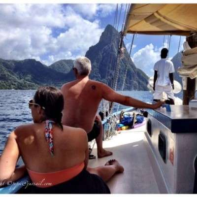 Full-day-Piton-View-400x400