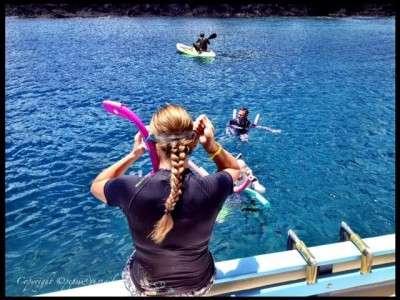 Ready-to-snorkel-at-Anse-Cochon-400x300