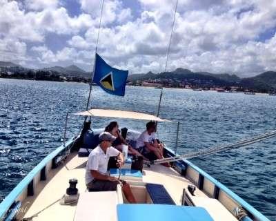 Undersail-mast-to-stern-400x320
